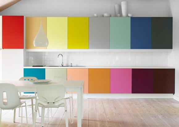 habitaciones con decoración colorida