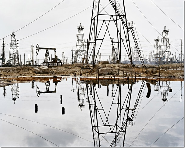 edward burtynsky  the end of oil BAKU_SOCAR oil fields #3 - 2006