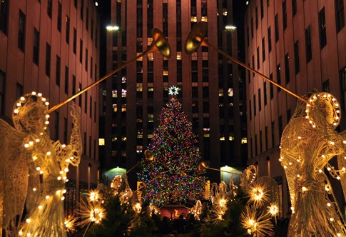 rockefeller-plaza-christmas-time