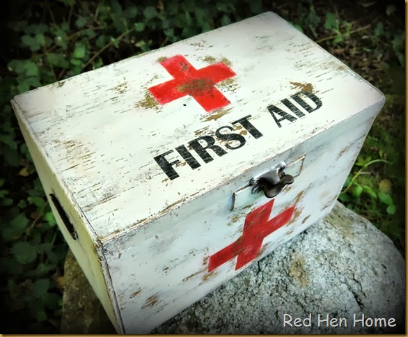 Red Hen Home First Aid Chest 4