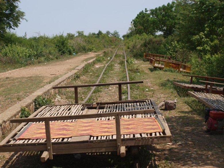 bamboo-trains17