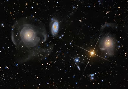 galáxias em Peixes