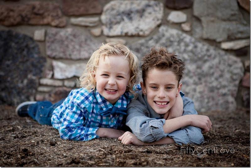 family-outdoor-portraits-va-13