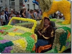2011.08.21-068 29 conducteur du char la légende d'Aslan