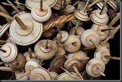 Peru - Lares spinning wheels