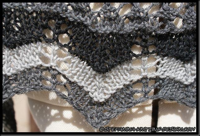 Souricette shawlette - lace border