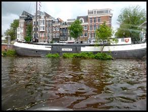 houseboat_edited-1