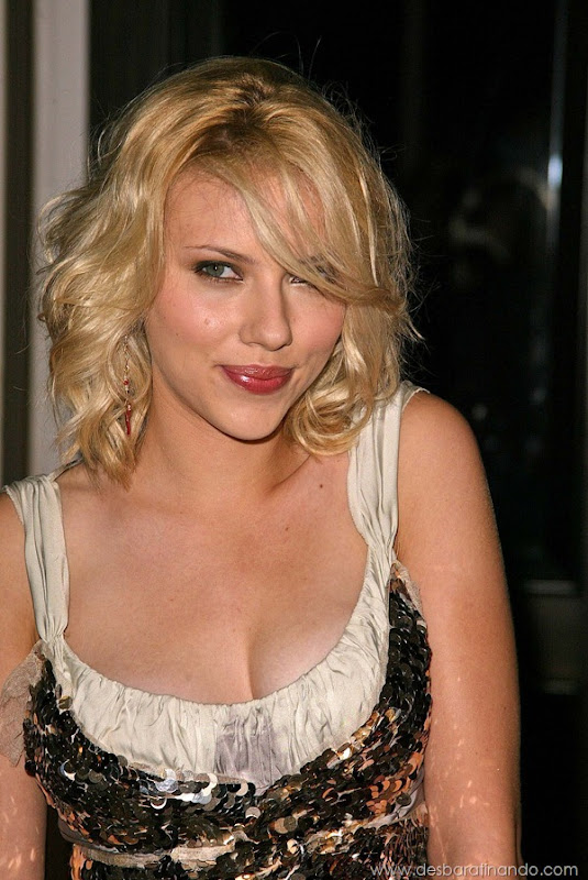scarlett-johansson-linda-sensual-sexy-sexdutora-tits-boobs-boob-peitos-desbaratinando-sexta-proibida (1155)