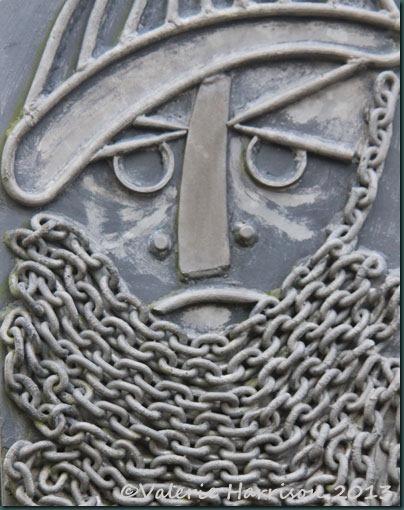 6-sculpture-detail