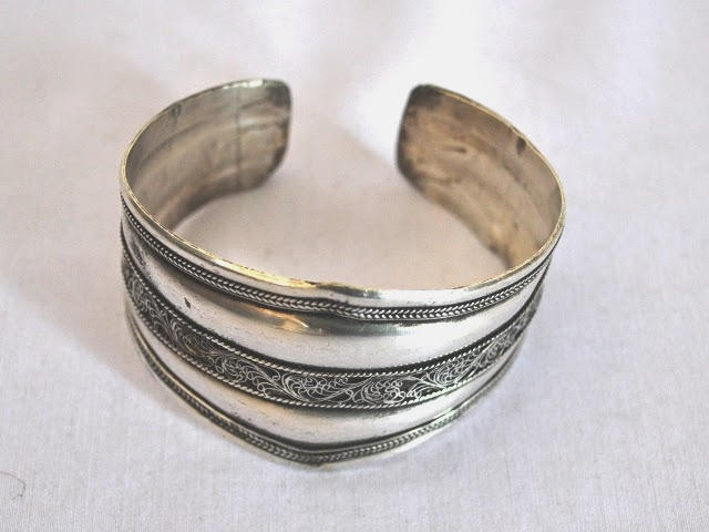 White Metal Bangle Bracelets