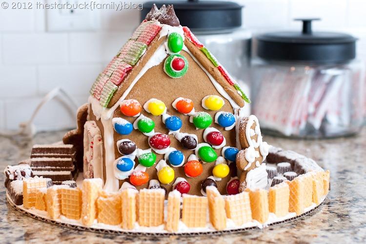 Gingerbread Houses 2012 blog-32
