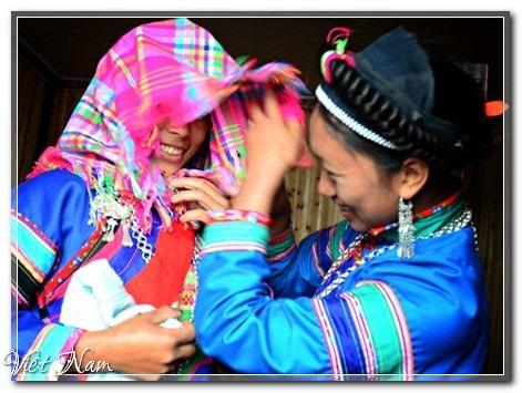 Độc đáo nghi lễ cưới của người Phù Lá, Bắc Hà, Việt Nam