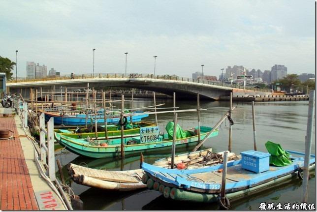 台南-運河博物館。過了「安億橋」之後就是安平漁港碼頭。