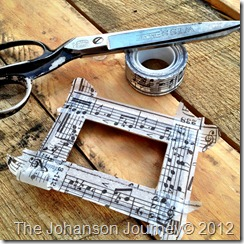 The Johanson Journey Family Frame Ornament-WASHI