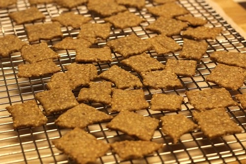 einkorn-sesame-crackers019