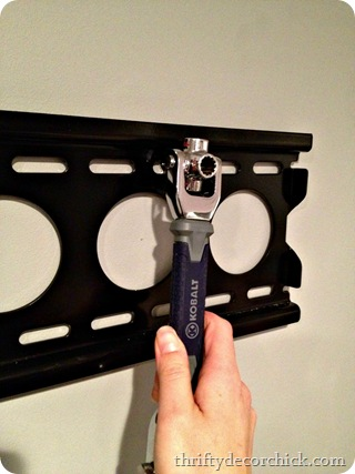 installing tv mount