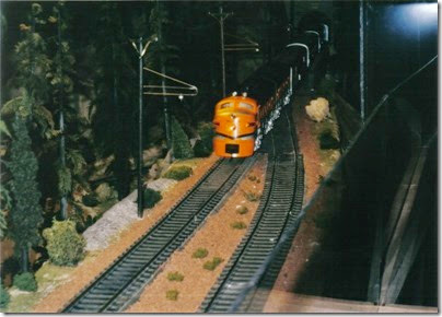06 O-Scale Layout in Portland in Winter 2001