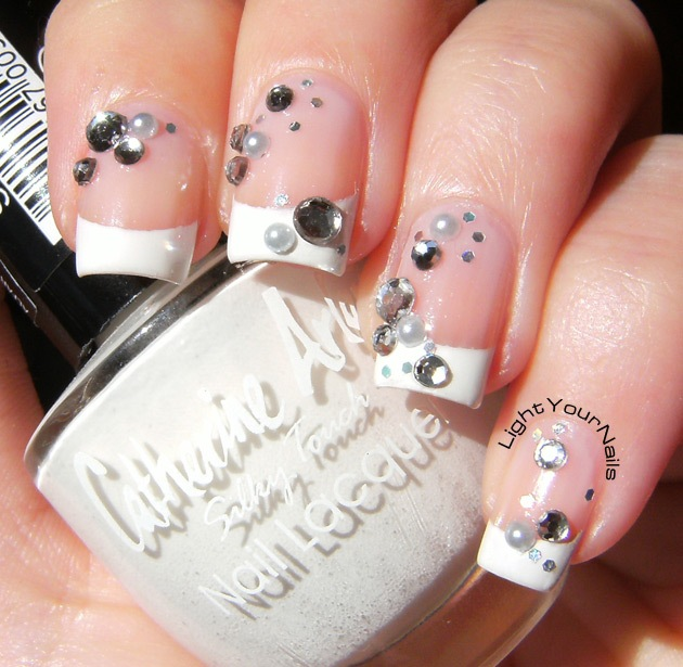 diamonds and pearls nail art