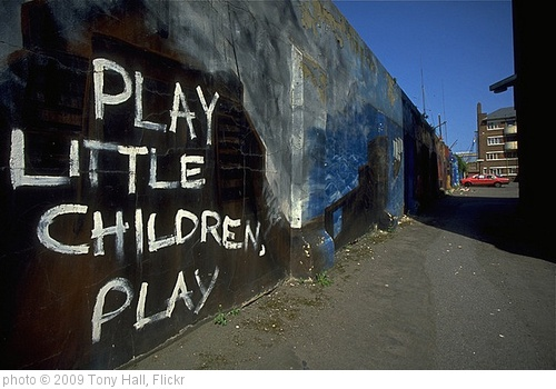 'Space to Play' photo (c) 2009, Tony Hall - license: http://creativecommons.org/licenses/by-nd/2.0/