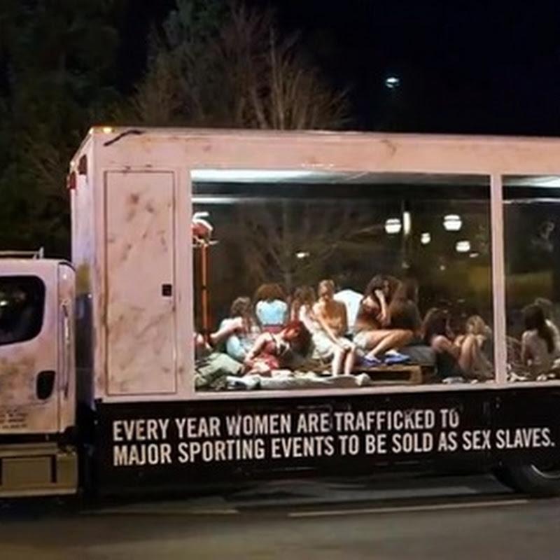Una evidente muestra de traficante de mujeres