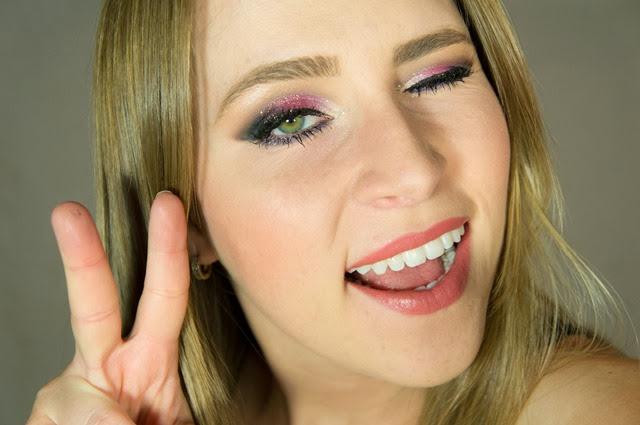 passo a passo maquiagem rosa