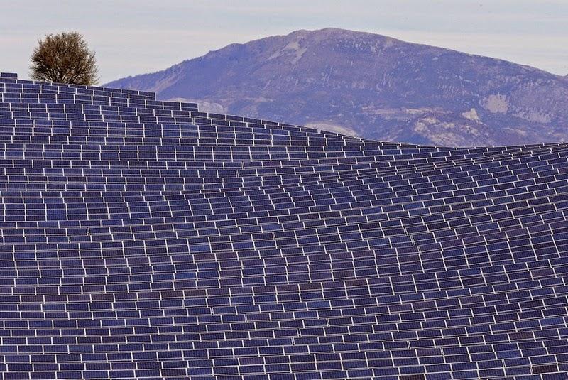 les-mees-solar-farm-9