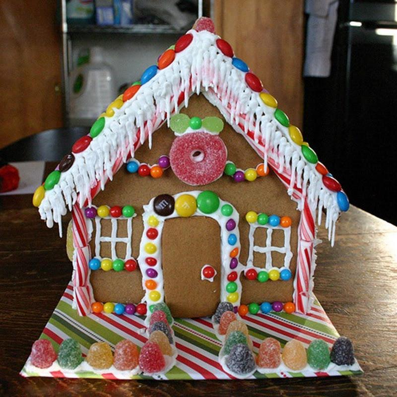 Χριστουγεννιάτικα σπιτάκια με μπισκότο και ζαχαρωτά