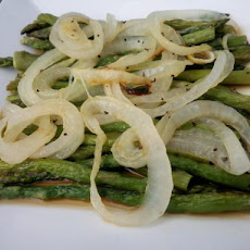 Roasted Asparagus With Onions