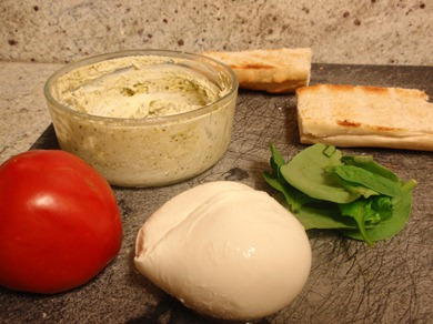 Pesto Yogurt Sauce 1