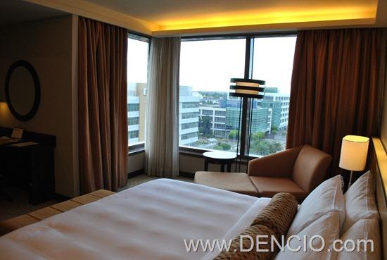 Bellevue Hotel Manila 39