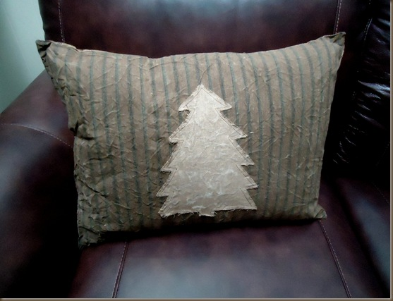 tree pillow 1