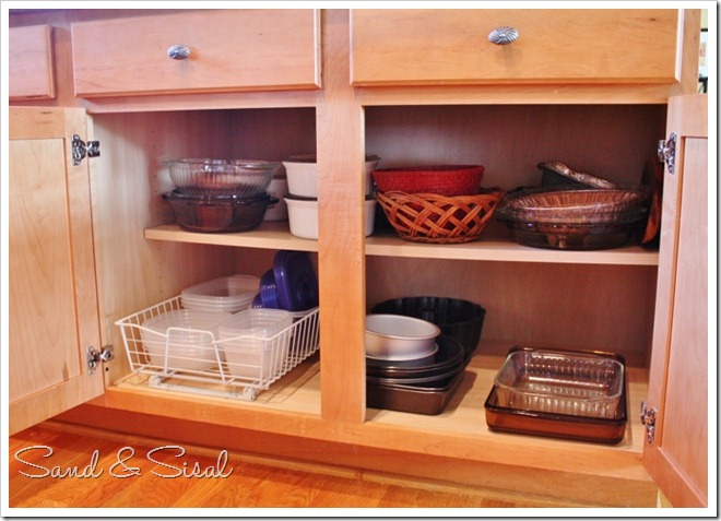 Kitchen cabinet organization taming the tupperware Best way to organize kitchen cabinets and drawers
