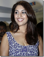 richa gangopadhyay hot photos at big c launch