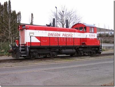 IMG_5328 Oregon Pacific SW1200RSu #1202 in Milwaukie on January 24, 2009