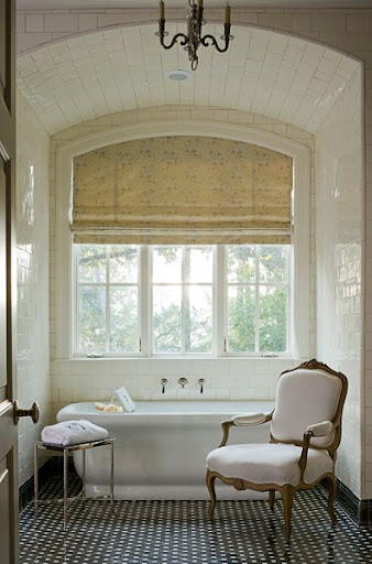 This bathroom has such a nice feeling. The Bergere chair is an excellent and unexpected addition. (mydesignchic.wordpress.com)