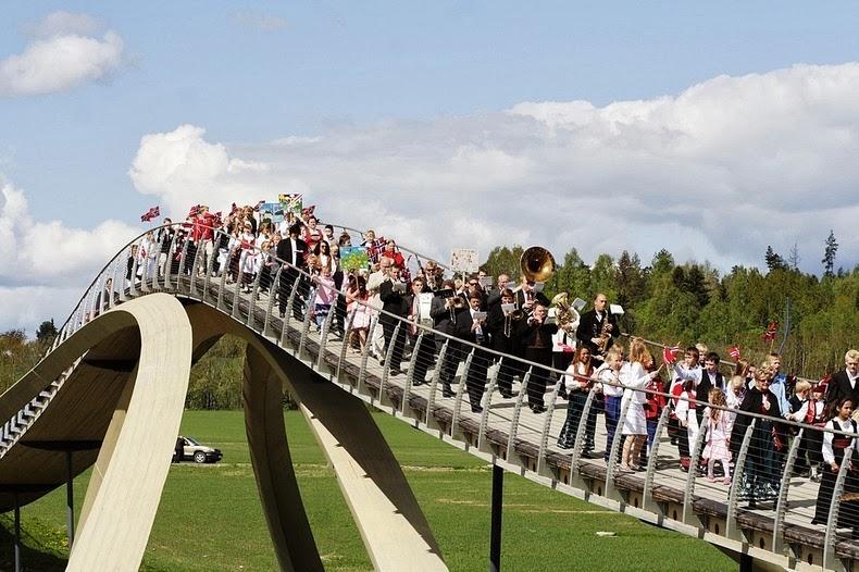 leonardo-bridge-6