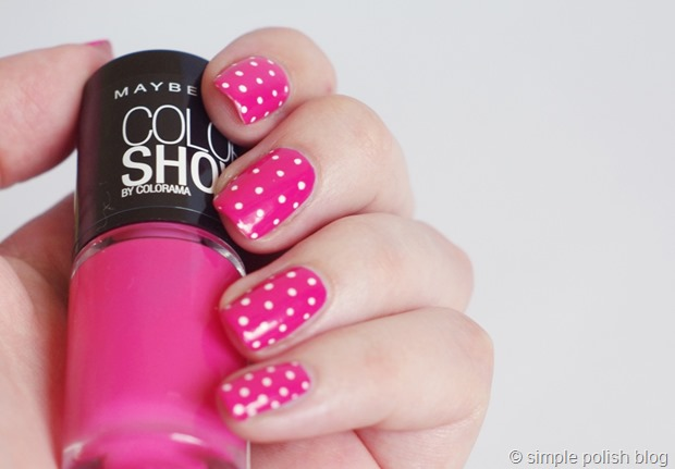 Maybelline-Color-Show-Nail-Art-Pen-White-Pink-Bikini-2