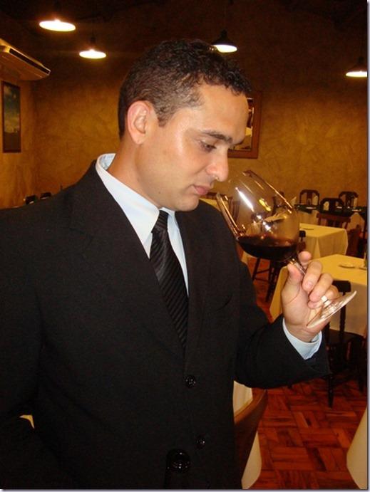 vitor-fernandes-sommelier-vinho-e-delicias