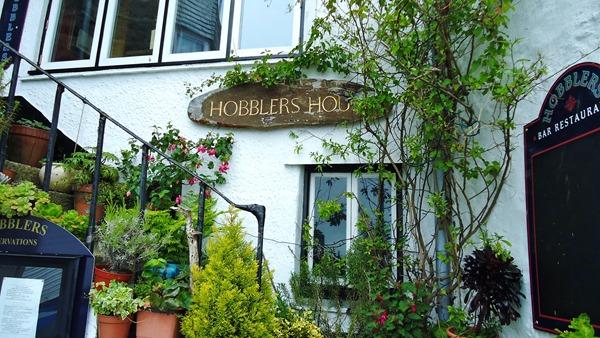 Do you hobble in I wonder?