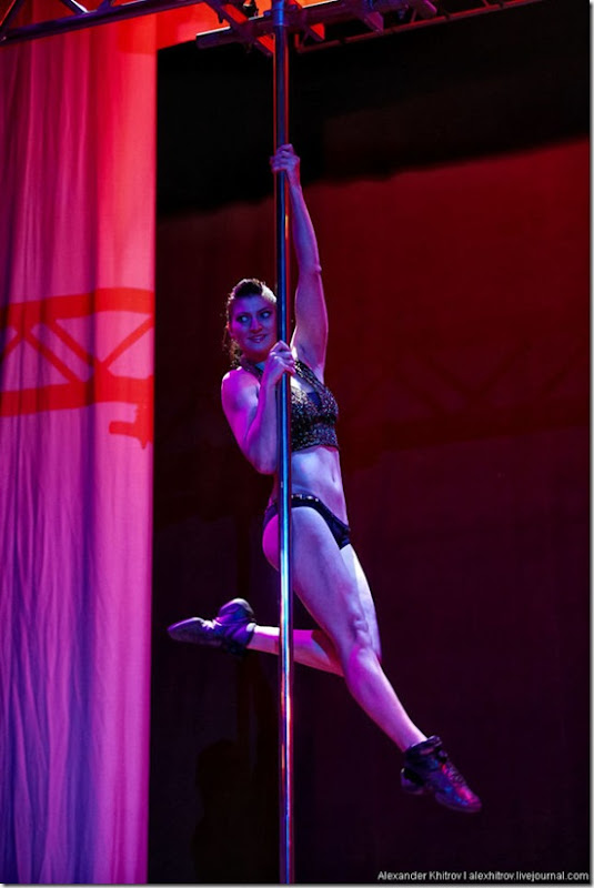 russian-pole-dancing-competition-9