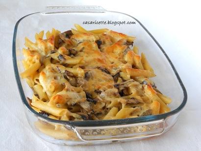 cdr Pasta al forno con funghi, radicchio e scamorza affumicata intera