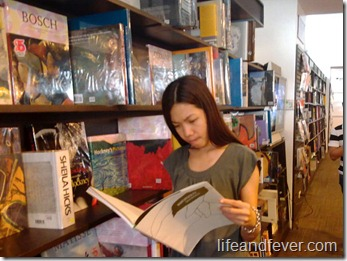 Manila Book Fair 2011