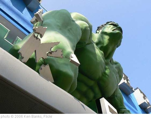 'Hulk Breaking Out: 09/10/06' photo (c) 2006, Ken Banks - license: http://creativecommons.org/licenses/by/2.0/