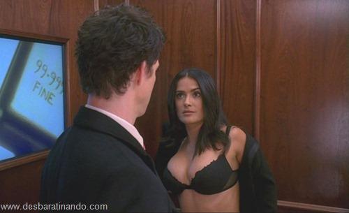 salma hayek linda sensual sexy sedutora gostosa peituda boob tits desbaratinando  (9)