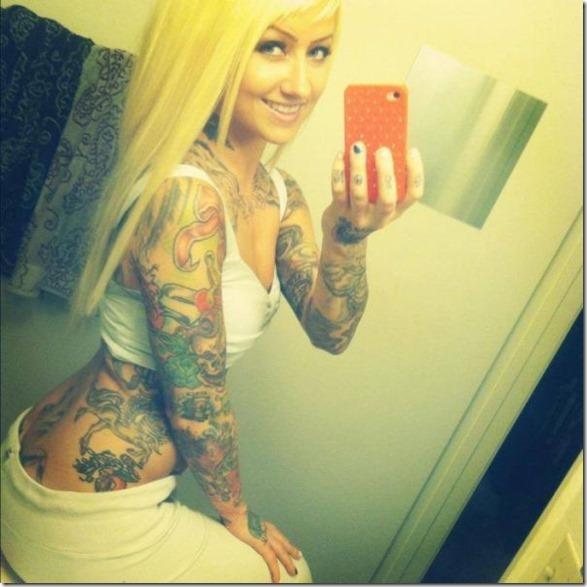 hot-women-tattoos-4