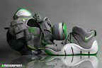 news lebron4 dunkman gas mask 7 The Real Dunkman Version of the Nike Zoom LeBron IV