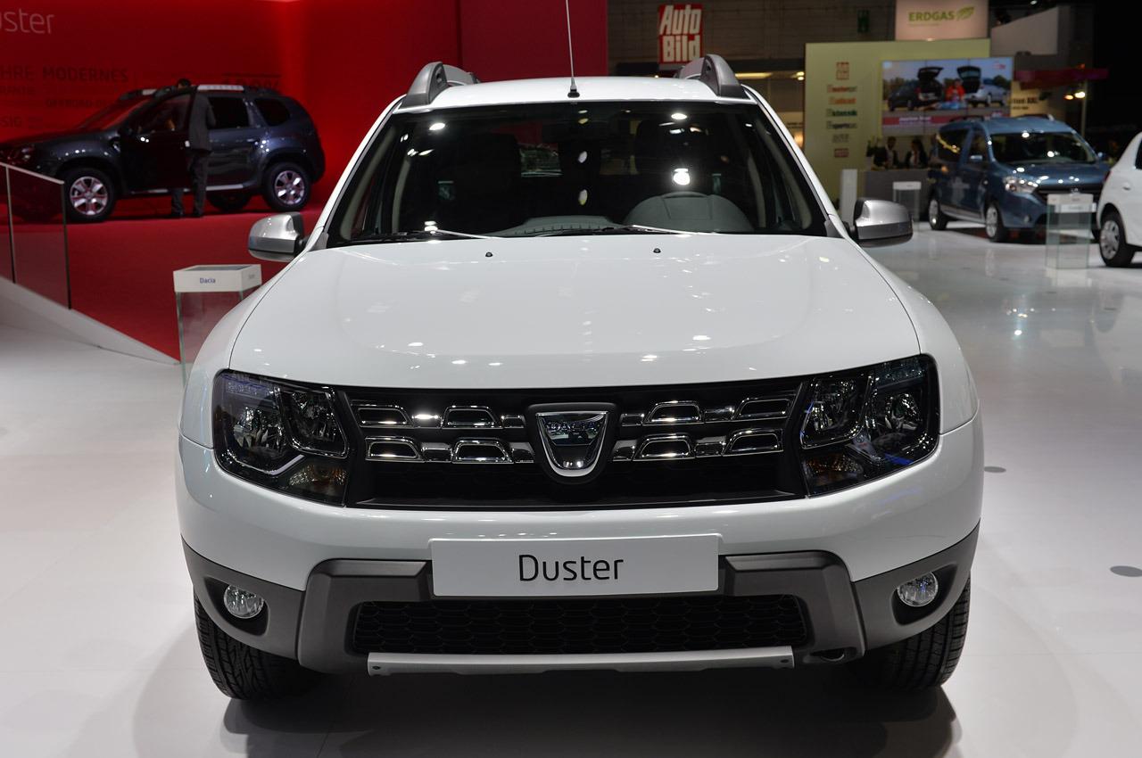 Makyajlanan 2014 dacia duster detayland turkeycarblog for Dacia duster interni 2014