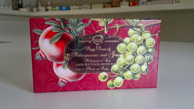 soap gift set pomegranate and grape
