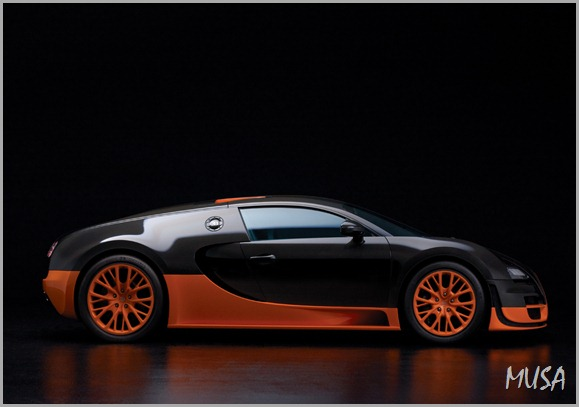 Bugatti-Veyron-Super-Sport-side