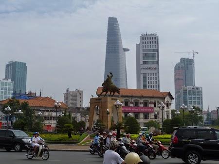 08. Saigon, nou si vechi.JPG